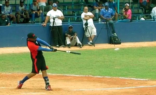Eddy Julio Martínez jugó con el equipo de Las Tunas