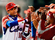 Yulieski Gurriel bateo jonrón ante México en La Serie del Caribe 2015